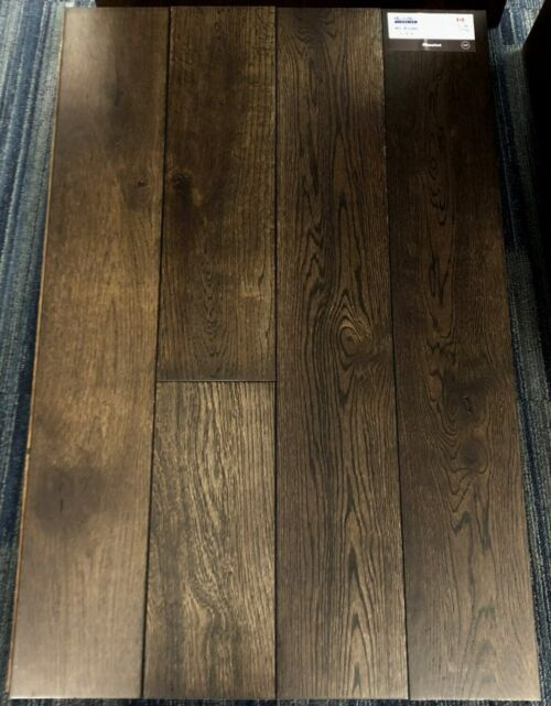 Absolut Northernest White Oak Wirebrushed Hardwood Flooring e1523459369572 scaled 1 1