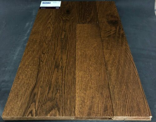 Praline Northernest Red Oak Hardwood Flooring Superior Series Squarefoot Flooring Mississauga Toronto Oakville Brampton Niagara Falls scaled 2 1