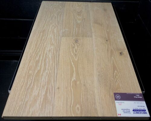 White Pine Northernest European Oak Engineered Hardwood Flooring